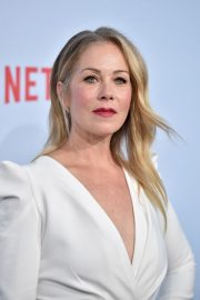 "Christina Applegate at ""Dead To Me"" TV Show Premiere in Los Angeles 2019/05/02 4"