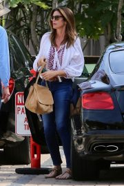 Cindy Crawford Out and About in Malibu 2019/05/01 4
