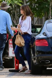 Cindy Crawford Out and About in Malibu 2019/05/01 7