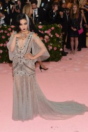 Constance Wu at 2019 Met Gala Celebrating Camp: Notes on Fashion in New York 2019/05/06 8