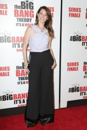 """Courtney Henggeler at """"The Big Bang Theory"""" Series Finale Party in Pasadena 2019/05/01 1"""