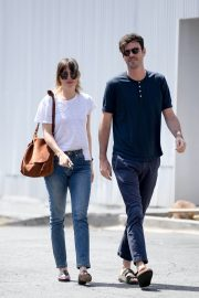Dakota Johnson and Blake Lee Out in Los Angeles 2019/05/01 1