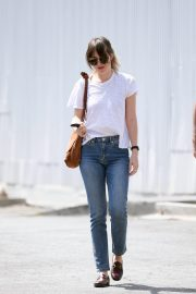 Dakota Johnson and Blake Lee Out in Los Angeles 2019/05/01 6