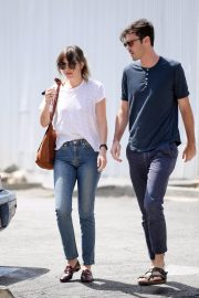 Dakota Johnson and Blake Lee Out in Los Angeles 2019/05/01 8