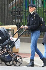 Diane Kruger and Her Mom Out in New York 2019/05/01 3
