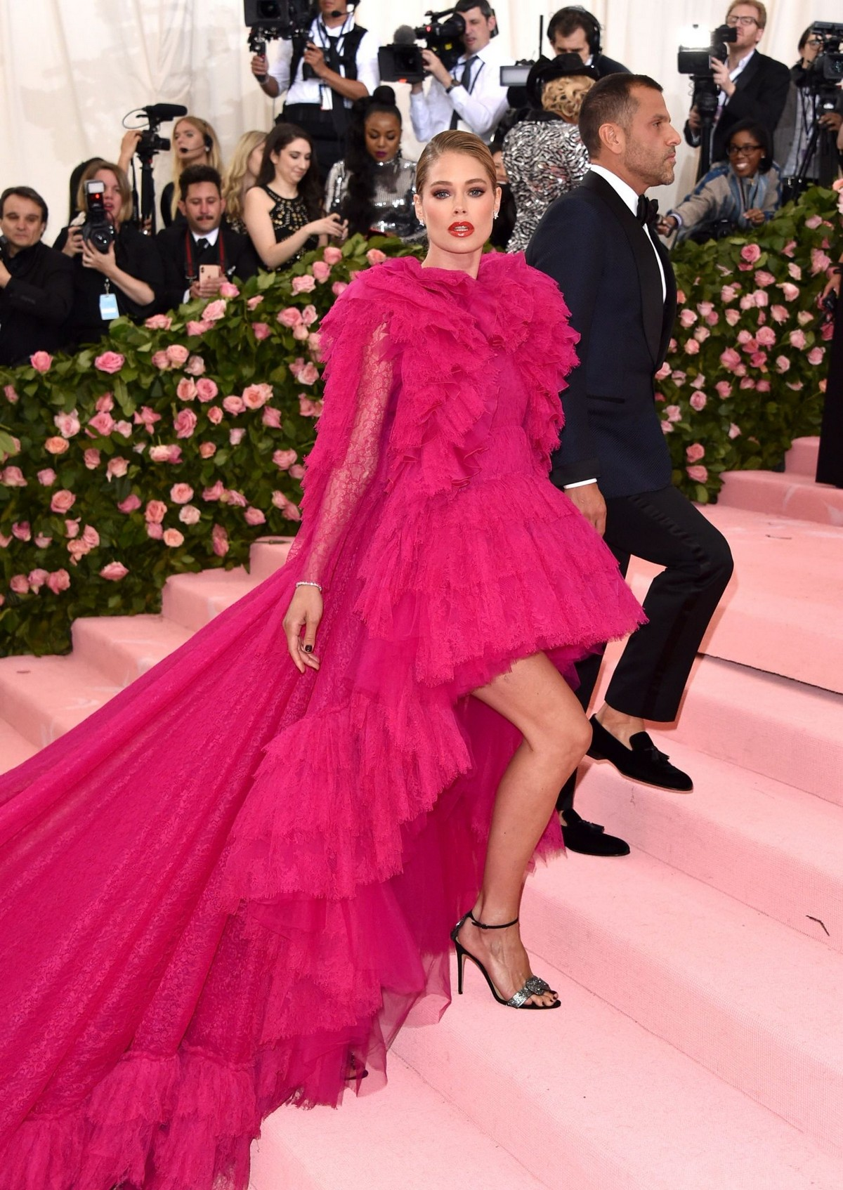 Doutzen Kroes at The 2019 Met Gala Celebrating Camp: Notes on Fashion in New York 2019/05/06 1