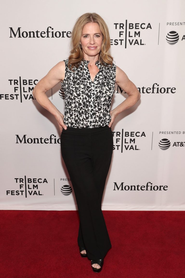Elisabeth Shue at 'The Boys' Premiere at Tribeca Film Festival in New York 2019/04/29 3