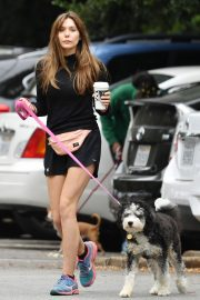 Elizabeth Olsen in Black Dress with Her Dog Out in the Hollywood Hills 2019/05/16 1
