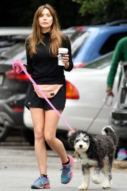 Elizabeth Olsen in Black Dress with Her Dog Out in the Hollywood Hills 2019/05/16 3