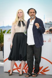 Elle Fanning and Alejandro Gonzalez Inarritu at the 72nd annual Cannes Film Festival 2019/05/14 1