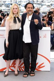 Elle Fanning and Alejandro Gonzalez Inarritu at the 72nd annual Cannes Film Festival 2019/05/14 8