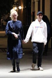 Elle Fanning and Max Minghella Night Out in New York 2019/05/04 1