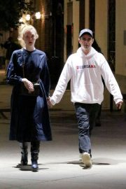 Elle Fanning and Max Minghella Night Out in New York 2019/05/04 3
