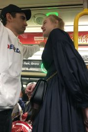Elle Fanning and Max Minghella Night Out in New York 2019/05/04 4