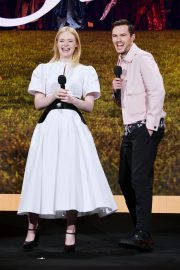 Elle Fanning and Nicholas Hoult at The Hulu 2019 Upfront Presentation in New York 2019/05/01 7