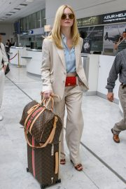 Elle Fanning Arrives at Nice Airport of the 72nd Annual Cannes Film Festival 2019/05/12 3