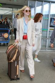Elle Fanning Arrives at Nice Airport of the 72nd Annual Cannes Film Festival 2019/05/12 4