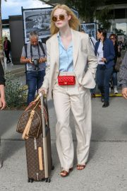 Elle Fanning Arrives at Nice Airport of the 72nd Annual Cannes Film Festival 2019/05/12 8