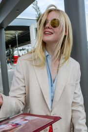 Elle Fanning Arrives at Nice Airport of the 72nd Annual Cannes Film Festival 2019/05/12 17