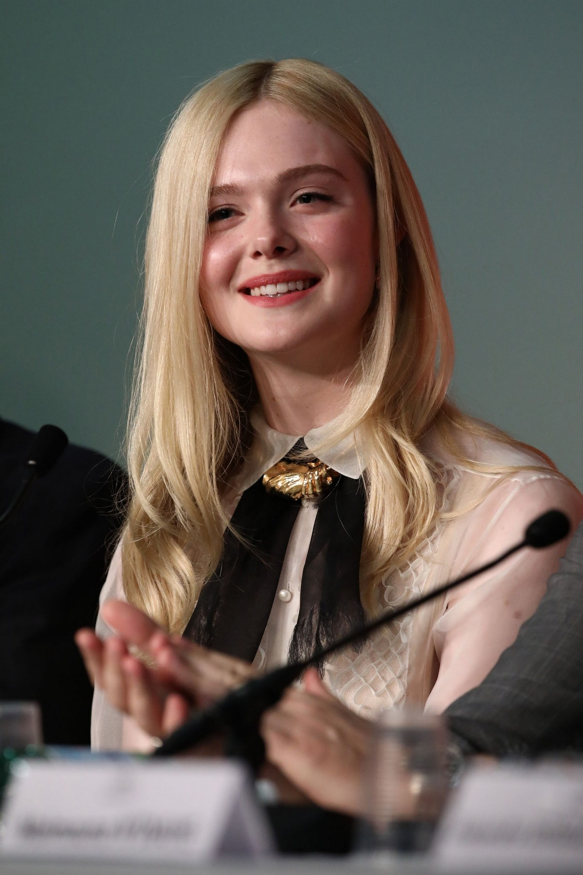 Elle Fanning at Jury Press Conference in Cannes Film Festival 2019/05/14 1