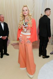 Elle Fanning at The 2019 Met Gala Celebrating Camp: Notes on Fashion in New York 2019/05/06 2