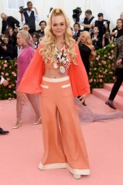 Elle Fanning at The 2019 Met Gala Celebrating Camp: Notes on Fashion in New York 2019/05/06 3