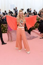 Elle Fanning at The 2019 Met Gala Celebrating Camp: Notes on Fashion in New York 2019/05/06 4