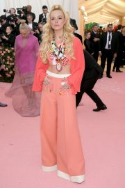 Elle Fanning at The 2019 Met Gala Celebrating Camp: Notes on Fashion in New York 2019/05/06 6