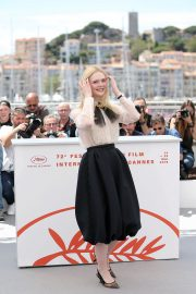Elle Fanning joins Jury Photocall at 72nd annual Cannes Film Festival in Cannes 2019/05/14 3