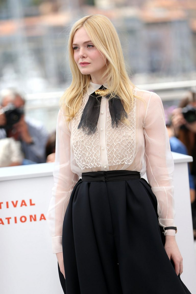 Elle Fanning joins Jury Photocall at 72nd annual Cannes Film Festival in Cannes 2019/05/14 5