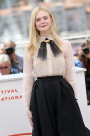 Elle Fanning joins Jury Photocall at 72nd annual Cannes Film Festival in Cannes 2019/05/14 6
