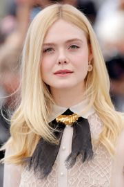 Elle Fanning joins Jury Photocall at 72nd annual Cannes Film Festival in Cannes 2019/05/14 9