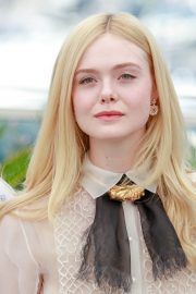 Elle Fanning joins Jury Photocall at 72nd annual Cannes Film Festival in Cannes 2019/05/14 18
