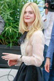 Elle Fanning joins Jury Photocall at 72nd annual Cannes Film Festival in Cannes 2019/05/14 20