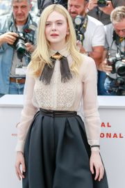 Elle Fanning joins Jury Photocall at 72nd annual Cannes Film Festival in Cannes 2019/05/14 22