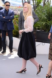 Elle Fanning joins Jury Photocall at 72nd annual Cannes Film Festival in Cannes 2019/05/14 24