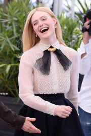 Elle Fanning joins Jury Photocall at 72nd annual Cannes Film Festival in Cannes 2019/05/14 25