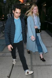 Elle Fanning Out and About in Manhattan 2019/05/03 14
