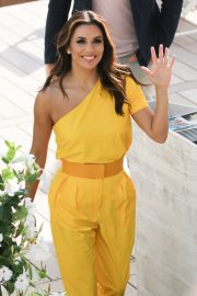 Eva Longoria in Yellow Outfit at 72nd Cannes Film Festival in Cannes 2019/05/15 2