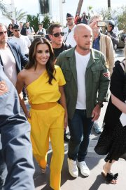 Eva Longoria in Yellow Outfit at 72nd Cannes Film Festival in Cannes 2019/05/15 6