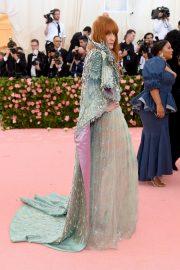 Florence Welch at The 2019 Met Gala Celebrating Camp: Notes on Fashion in New York 2019/05/06 5