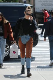 Gigi Hadid Arrives Home After Shopping in Midtown New York 2019/05/02 8