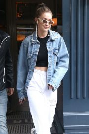 Gigi Hadid Out in New York 2019/04/30 1