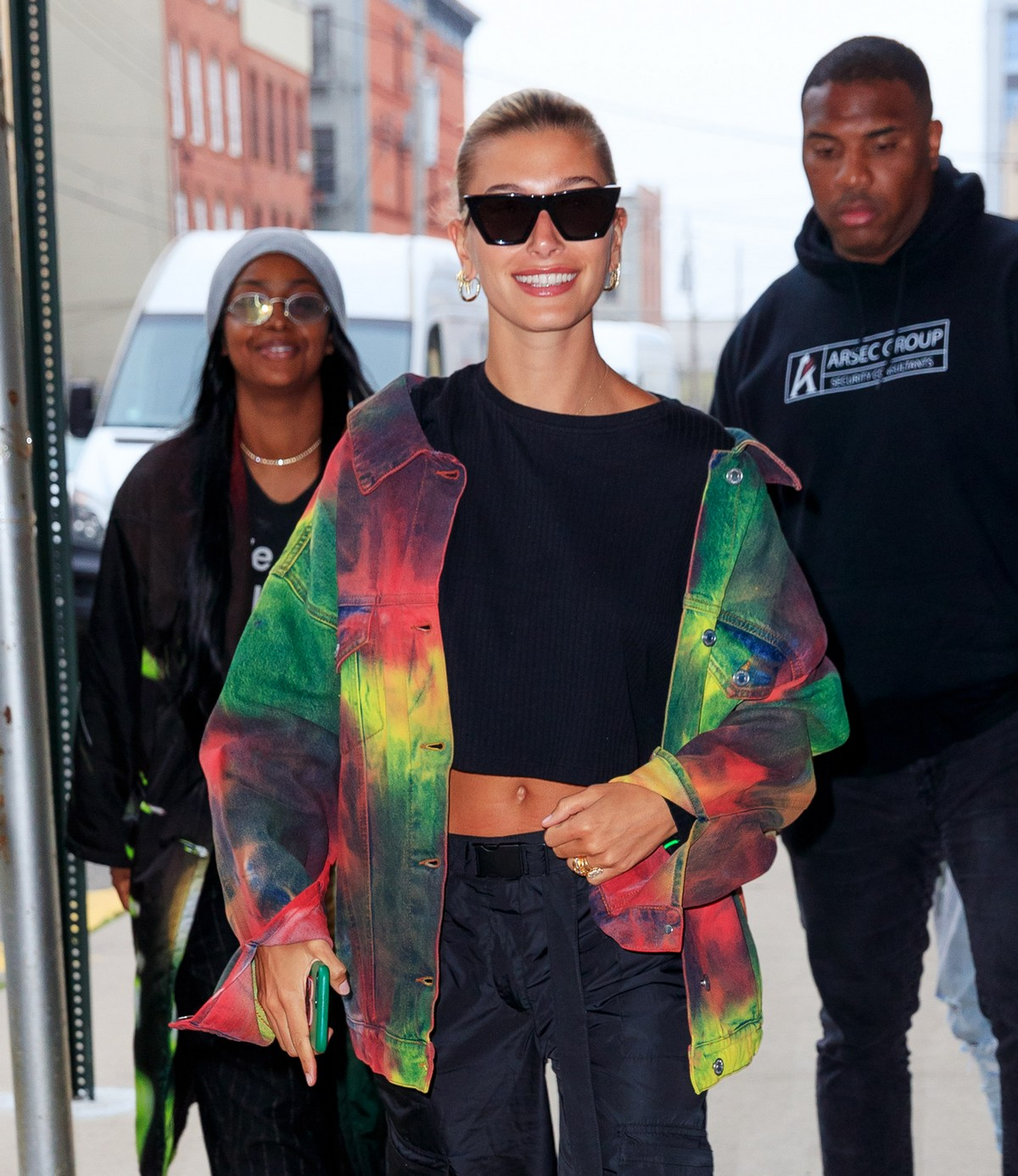 Hailey Baldwin and Justine Skye Out for a Stroll in New York 2019/04/30 1