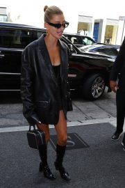 Hailey Baldwin Arrives at Her Hotel in New York 2019/05/06 3