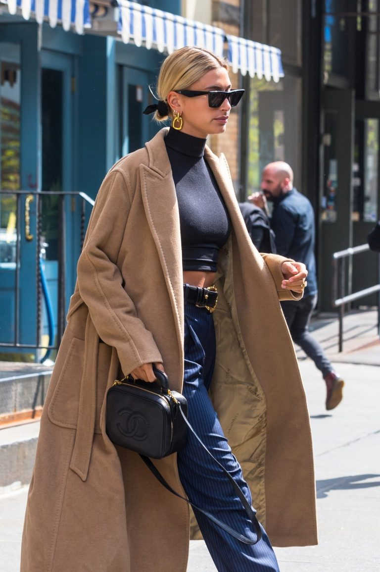 Hailey Baldwin Out Her Apartment in New York 2019/05/02 20
