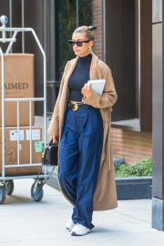 Hailey Baldwin Out Her Brooklyn Apartment in New York 2019/05/02 1