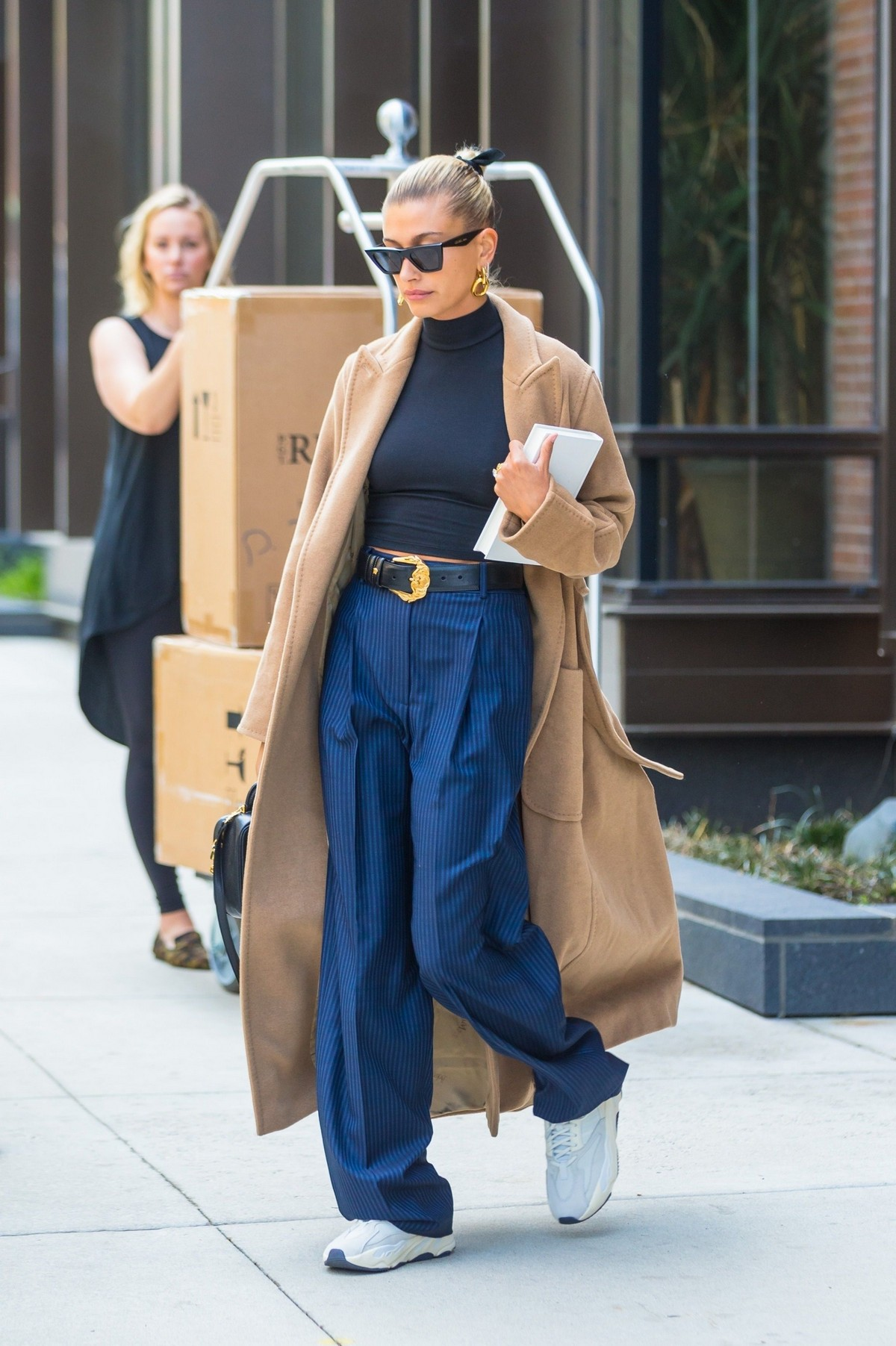 Hailey Baldwin Out Her Brooklyn Apartment in New York 2019/05/02 7