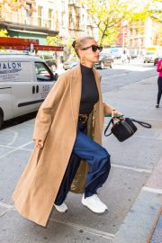 Hailey Baldwin Out Her Brooklyn Apartment in New York 2019/05/02 12