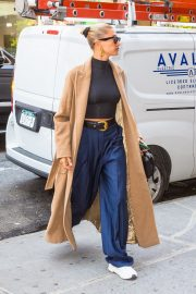 Hailey Baldwin Out Her Brooklyn Apartment in New York 2019/05/02 14